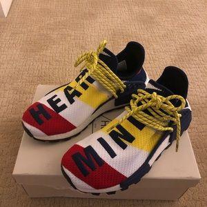 Authentic Adidas Pharrell Heart/Mind Size 8
